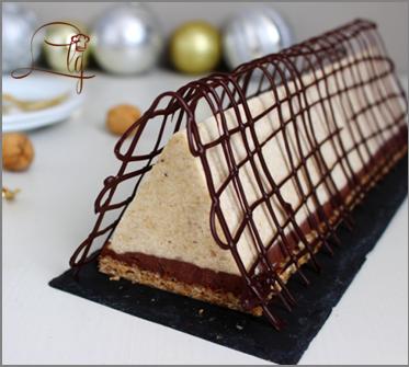 Bûche chocolat / noix